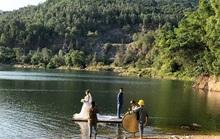 Độc đáo bãi đá Đa và hồ Xanh ở Sơn Trà