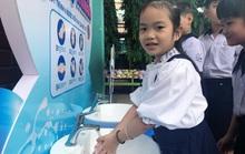 Viglacera lắp đặt miễn phí 10 trạm rửa tay kháng khuẩn tại các trường tiểu học