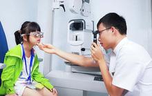 70% trẻ bị lác có kèm theo các tật khúc xạ