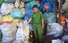 Rùng mình phát hiện 9 bao tải đựng bơm kim tiêm ở xưởng phế liệu