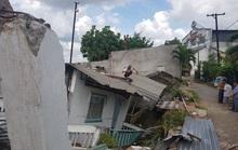 Khẩn cấp cứu dân vùng sạt lở