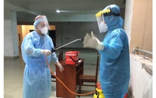 Xét nghiệm Covid-19 cư dân 1 tầng chung cư Phạm Viết Chánh - TP HCM