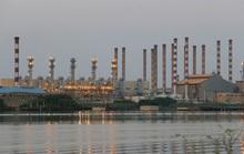 Đằng sau cái bắt tay âm thầm giữa Bắc Kinh và Tehran