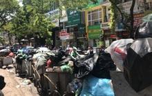 Nội đô ngập rác vì dân lại chặn xe vào bãi rác lớn nhất Hà Nội