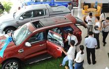 Vay nợ mua ôtô, sống bất an vì bị siết nợ, cẩu mất xe