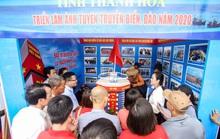 Trưng bày 300 bức ảnh về công cuộc xây dựng, bảo vệ chủ quyền biển, đảo Việt Nam