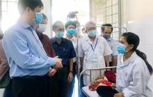 Chủ động tiêm vắc-xin để ngừa bệnh bạch hầu