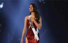 Hoa hậu Hoàn vũ Catriona Gray nhờ cảnh sát điều tra vụ ảnh ngực trần