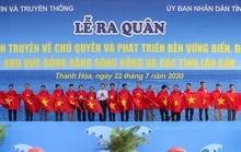 Báo Người Lao Động trao tặng 2.000 lá cờ Tổ quốc cho ngư dân Thanh Hóa