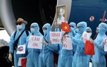 Tiếp tục đưa lao động Việt Nam mắc Covid-19 về nước trong tháng 8