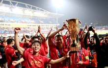 Dịch Covid: AFF Cup dời sang 2021, V-League dễ thở