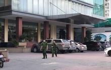 Đi cùng mẹ, bé trai 5 tuổi không may rơi từ tầng 9 khách sạn tử vong