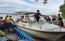 Bơi xuồng ra sông Tiền câu cá, 5 thanh thiếu niên gặp nạn