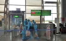 Từ tâm dịch Đà Nẵng, hơn 800 khách trở về nhà trên 4 chuyến bay Vietjet