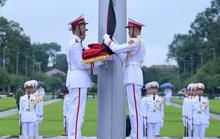 Toàn cảnh Lễ treo cờ rủ Quốc tang nguyên Tổng Bí thư Lê Khả Phiêu