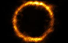 Phát hiện thế giới trong gương: một thiên hà chứa Trái Đất khác