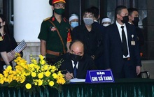 Thủ tướng, Chủ tịch Quốc hội ghi gì trong sổ tang nguyên Tổng Bí thư Lê Khả Phiêu?