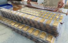 """""""Bốc hơi"""" 4 triệu đồng/lượng, giá vàng vẫn được dự báo tăng"""