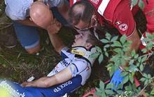 Cua rơ người Bỉ Remco gặp tai nạn kinh hoàng văng xuống núi
