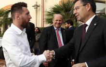 Lộ kế hoạch bẩn ép Messi, Suarez cuốn gói khỏi Barcelona