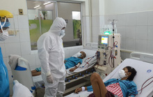 1 bác sĩ và 4 người khỏi Covid-19 tình nguyện hiến huyết tương điều trị bệnh nhân nặng