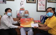 Mai Vàng nhân ái thăm nhạc sư Nguyễn Vĩnh Bảo và NSƯT Phương Tùng
