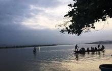 Quảng Bình: 5 học sinh ra sông Gianh tắm, 1 em bị đuối nước thương tâm