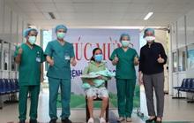 Đà Nẵng: 16 bệnh nhân Covid-19 xuất viện, có sản phụ vừa sinh em bé