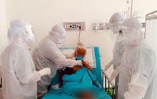 Ở nơi giành giật sự sống cho bệnh nhân Covid-19: Thế trận lòng dân vững chắc