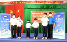 Đồng Nai: CEP trao học bổng cho học sinh nghèo hiếu học