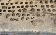 Xây nhà ga, đào phải…1.500 hài cốt trong mộ cổ dị hình