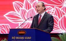 Thủ tướng nhớ tới các chiến sĩ ngoại giao nơi tiền phương