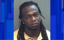 Trộm đánh chết cha con chủ nhà, để sót bé trai 10 tuổi