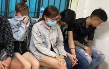 TP HCM: Hàng chục nam nữ ăn chơi sa đọa ở quán karaoke Alibaba