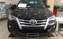Hàng trăm xe Toyota Fortuner, Innova bị lỗi bu-lông