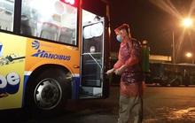 Cách ly ban giám đốc xí nghiệp xe buýt ở Hà Nội tiếp xúc với nhân viên nhiễm Covid-19