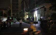 2 người rơi từ tầng cao tòa chung cư xuống, thi thể không còn nguyên vẹn
