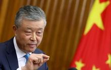 Trung Quốc yêu cầu Twitter điều tra vụ tài khoản đại sứ tại Anh like clip khiêu dâm