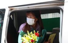 Nữ sinh viên 3 lần âm tính rồi dương tính SARS-CoV-2 được xuất viện