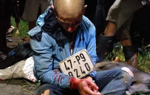 Người dân vây bắt, đánh bầm dập đối tượng trộm chó