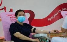 CNVC-LĐ tình nguyện hiến máu cứu người