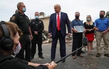 Tổng thống Trump lên tiếng về nghi vấn bị đột quỵ nhẹ hàng loạt