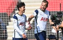Đối thủ mắc Covid-19 toàn đội, Tottenham được xử thắng ở League Cup
