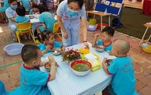 Nâng tay nghề giáo viên chăm sóc trẻ khuyết tật
