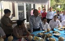 Thủ tướng thăm vùng chuyên canh sầu riêng ở Tiền Giang