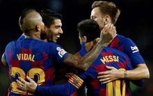 Tượng đài Barcelona rung lắc