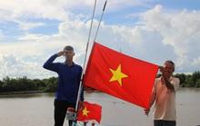 Trao 2.000 lá cờ Tổ quốc cho ngư dân huyện An Minh