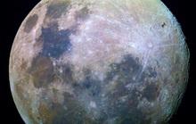 Thứ đào thoát từ Trái Đất đang làm… rỉ sét mặt trăng