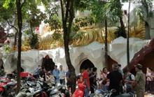 Vẫn rất đông người đến chùa Kỳ Quang 2 hỏi rõ sự tình các hũ tro cốt rơi hình