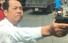 Giám đốc công ty bảo vệ rút súng dọa bắn vỡ sọ tài xế bị truy tố tội đe dọa giết người